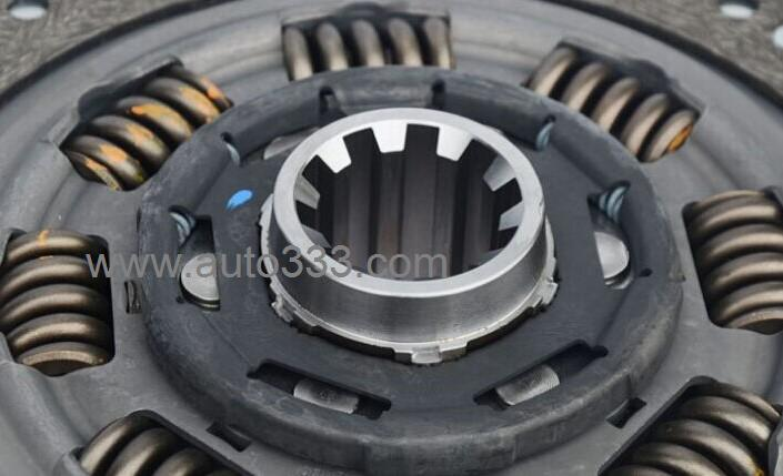 Renault engine driven clutch assembly D1601130-ZB601 clutch plate